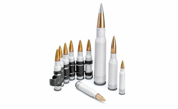 Благодаря более легким пластиковым патронам солдатам предоставят лекарства и продукты / Фото: gunsandammo.com