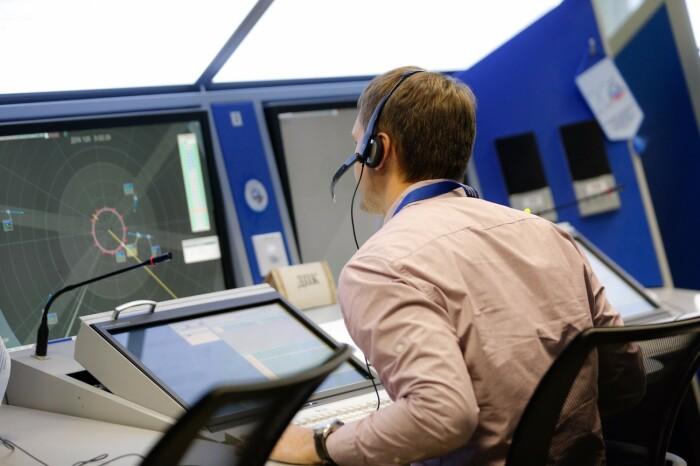 Диспетчер выдает не разрешение совершить посадку / Фото: gkovd.ru