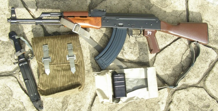 Пупырчатый приклад - отличительная особенность автоматов, произведенных в ГДР / Фото: popgun.ru