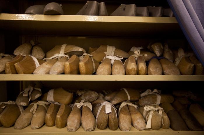 Колодки известных балерин хранятся на некоторых фабриках / Фото: sib.fm