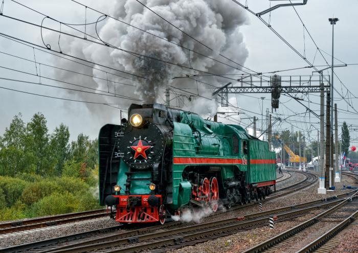 Паровоз П36 называли «генералом» из-за красных лампасов по бокам / Фото: web.archive.org
