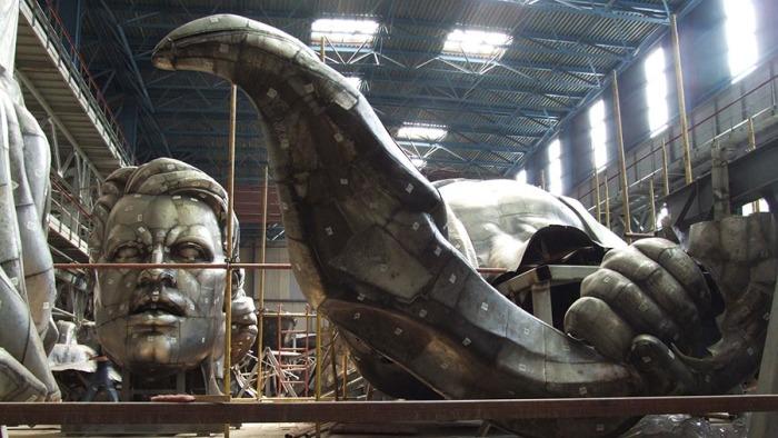 На реконструкцию скульптуры - замену каркаса - ушло 6 лет / Фото: fotoware.iz.ru