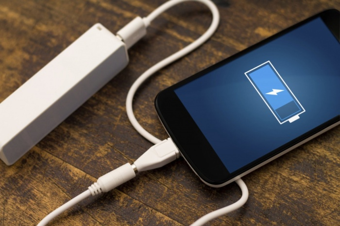 Чтобы быстрее зарядить смартфон, достаточно на время подзарядки перевести его в авиарежим / Фото: art-gsm.ru