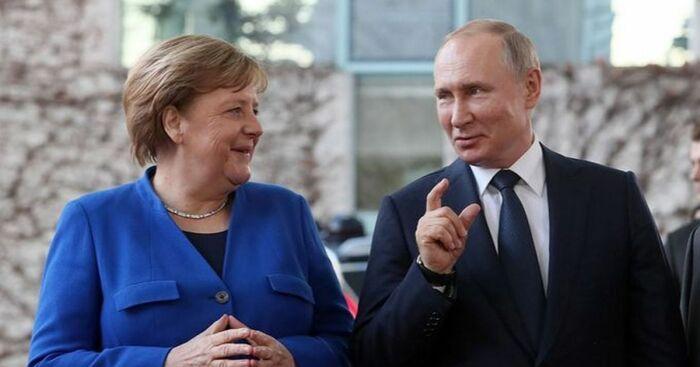 В целом сумма выплат равна пяти млрд. евро, из них 427 000 000 приходится на Россию / Фото: my.ua