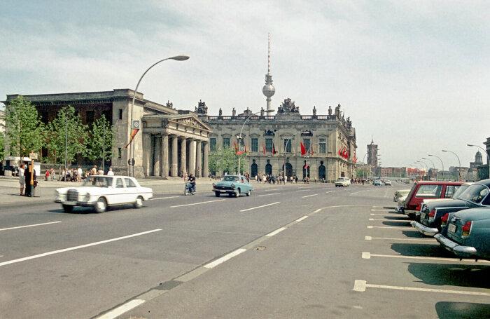 ГДР уже в 80-х годах прошлого столетия стала индустриальной высокоразвитой страной / Фото: humus.livejournal.com