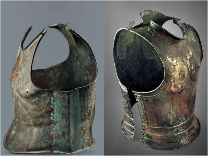 Греческая «анатомическая» кираса IV в. до н.э. / Фото: mirtesen.ru