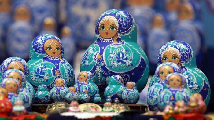 Из России ни один турист не уезжает без матрешки, не понимая, почему их нет в домах самих россиян / Фото: mir-da.ru