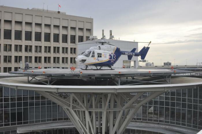 В США для вертолетов с полозьями оборудованы специальные площадки / Фото: nastroy.net