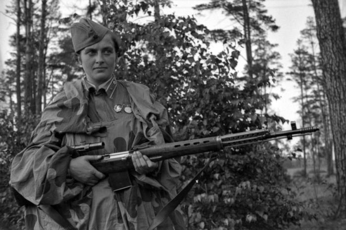За период войны в СССР разработали и сконструировали снайперскую винтовку Токарева / Фото: ruspekh.ru