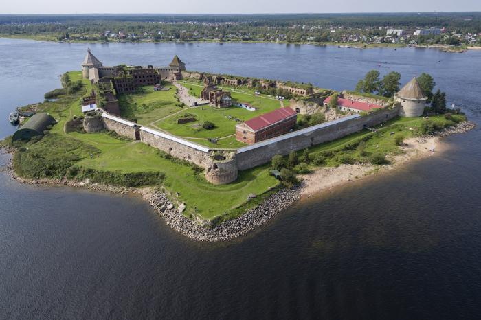 Крепости, находящиеся на островах, считались идеальными для обороны и содержания опасных преступников / Фото: lewhobotov.livejournal.com