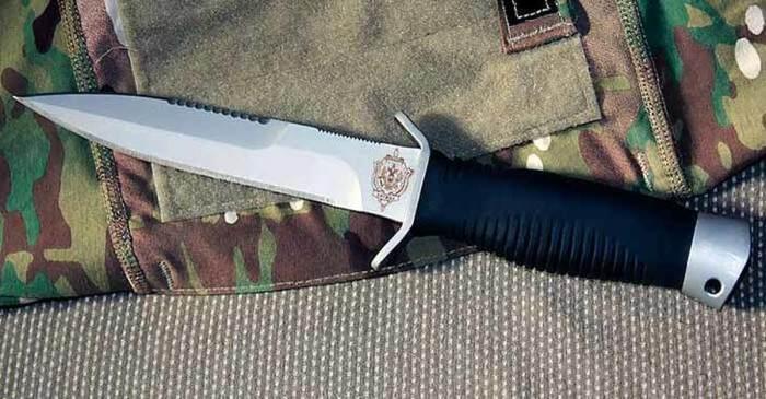 Для надрезов и нанесения серьезных ранений, заканчивающихся летальным исходом существовали другие модели ножей, такие как «Гюрза» и «Дикобраз» / Фото: pikabu.ru