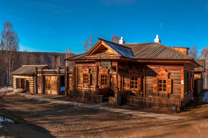 Некоторые хозяйства можно и сегодня посмотреть, посетив музей под открытым небом «Тальцы», расположенный поблизости Иркутска / Фото: tour-test.starliner.ru