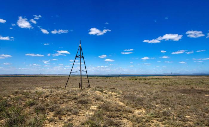 На самой высокой точке острова установлен геодезический знак / Фото: wikimapia.org