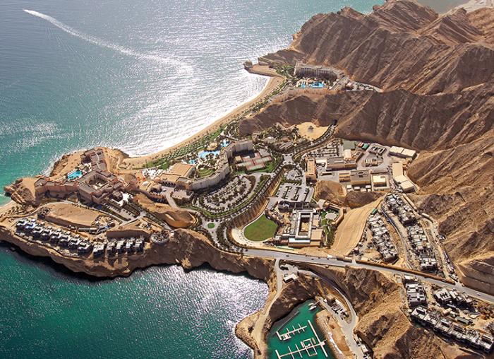 К концу девятнадцатого столетия практически вся территория Омана стала протекторатом Британской империи / Фото: ru.hellomagazine.com