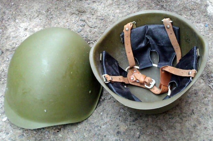 Советские каски визуально не менялись, но при этом имели ряд модификаций / Фото: muzey-vuralsk.chel.muzkult.ru