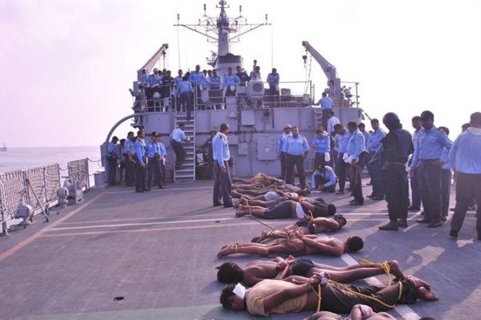 Правительственные сомалийские войска, которым оказали поддержку американская авиация и военные Кении у аш-Шабаб отвоевали все города и уничтожили корсаров / Фото: leg0ner.livejournal.com