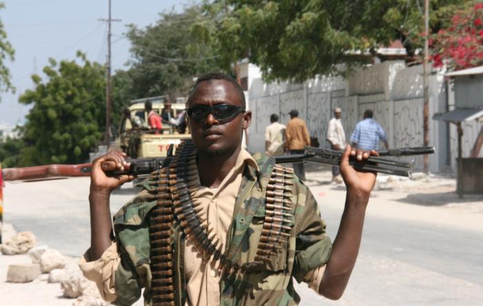 Пираты Сомали с 2004 г. находились под прикрытием Харакат аш-Шабаб, исламистской организации / Фото: feed.riafan.ru