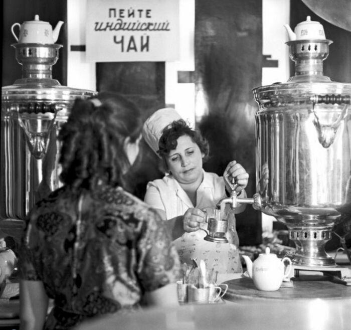 Чай заваривался по этому рецепту и в советских общепитах / Фото: ukhudshanskiy.livejournal.com