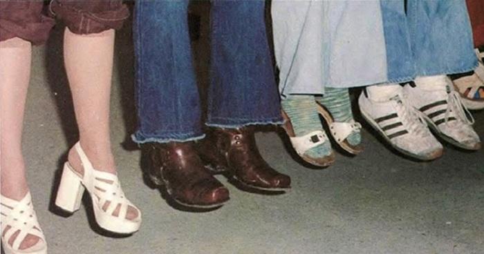 Для граждан Советского Союза не красота, а удобство обуви было первоочередным / Фото: asemen0v.blogspot.com
