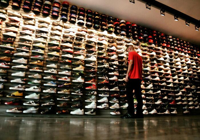Достаточно проверить три детали при покупке спортивной обуви, чтобы сделать верный выбор / Фото: flickr.com