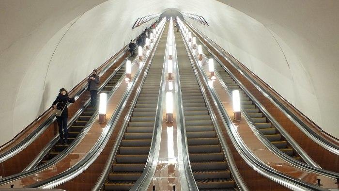 Эскалаторы на выходе в Северный вестибюль / Фото: ru.wikipedia.org