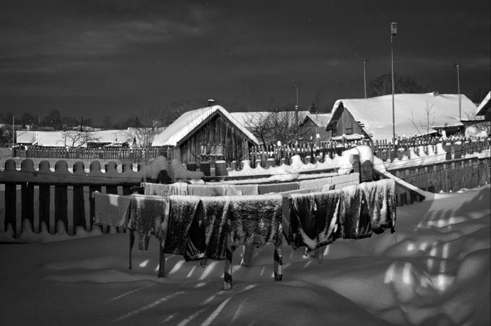 Белье сушили на улице даже в сильные морозы / Фото: photoline.ru