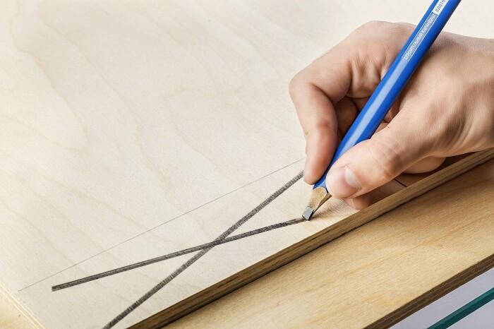 Почему строительный карандаш имеет плоско-овальную форму и как правильно его заточить
