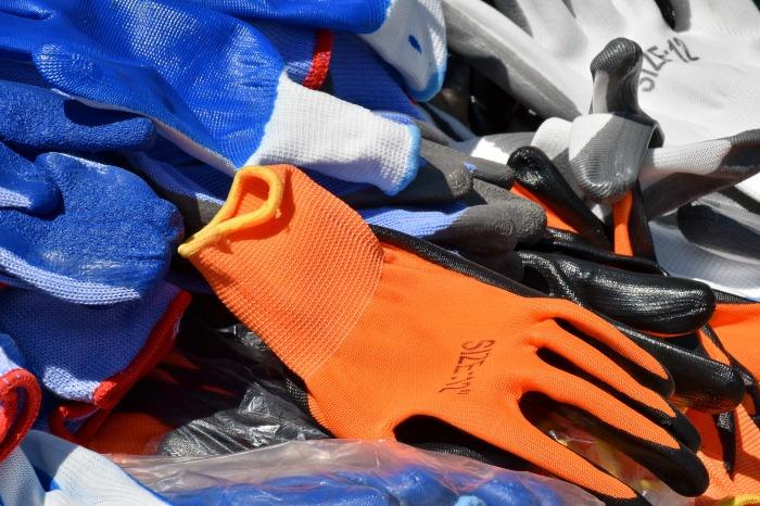 Синтетика очень быстро воспламеняется, гораздо быстрее, чем хлопчатобумажный материал / Фото: pixnio.com