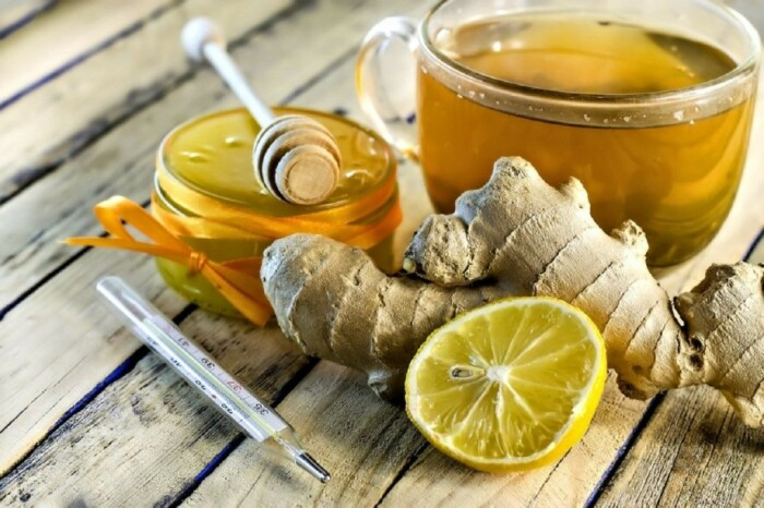 Имбирь эффективно понижает температуру при простудных заболеваниях / Фото: ok.ru