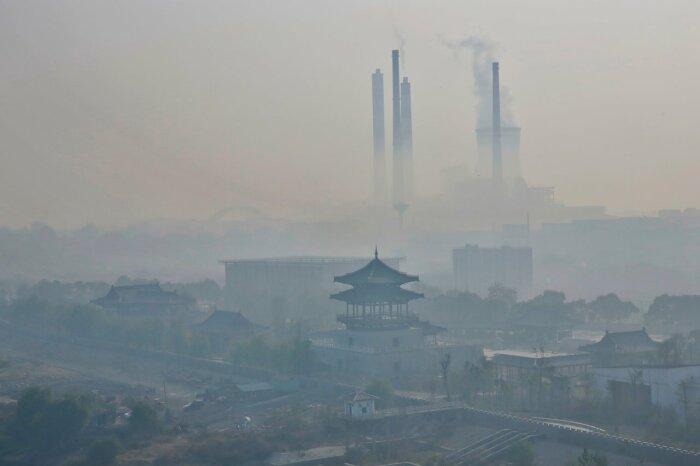 Больше всего от загрязнений страдают города, расположенные на севере, востоке страны и в центральной ее части, хотя страдает и вся территория в целом / Фото: tourjournal.ru