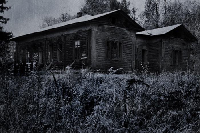 Растесс покинули жители в одночасье по необъяснимым причинам / Фото: hellstory.ru