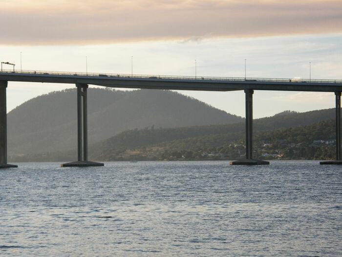 На реконструкцию моста ушло около трех лет и более 30 миллионов долларов / Фото: en.wikipedia.org
