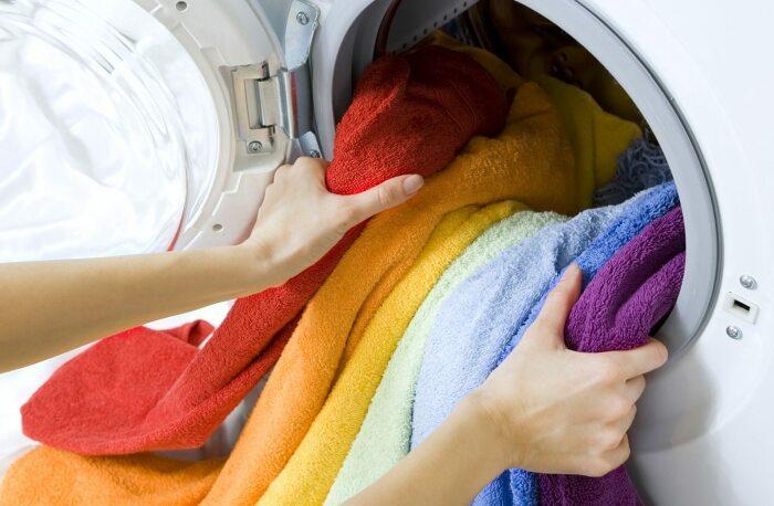Постиранные в воде с добавлением уксуса полотенца лучше впитывают влагу / Фото: mirnadivane.ru