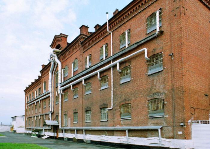 Толщина стен здания составляет 120 сантиметров / Фото: verhneuralsk.ru