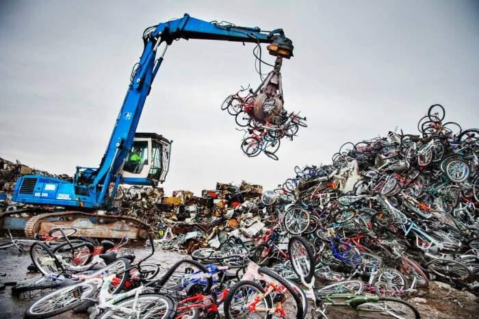 В стране существует ведомство, специализирующееся на утилизации старых велосипедов / Фото: vedomosti-ua.com