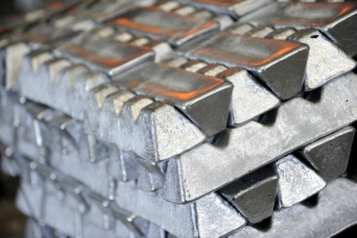 Силумин представляет собой сплав, содержащий кроме алюминия еще и кремний / Фото: msk.blizko.ru