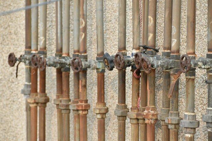 Водопроводная система и очистка оставляют желать лучшего / Фото: pixabay.com