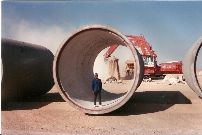 У Каддафи ушло на строительные работы 33 миллиарда долларов и все эти капиталовложения себя полностью оправдали / Фото: commons.wikimedia.org