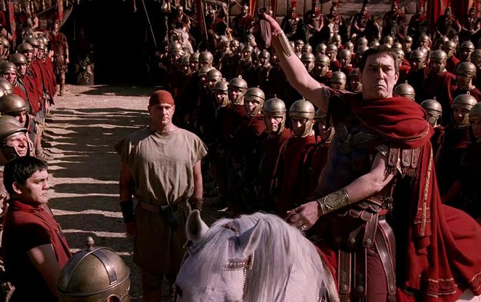 В послании совету, отправленному перед возвращением его в Рим, Цезарь написал три слова, известных и нашим современникам - veni, vidi, vici / Фото: 4knigaman.ru