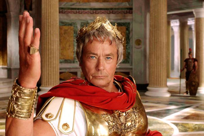 Великий полководец Юлий Цезарь вошел в историю как смелый, умный, хитрый командующий / Фото: yaplakal.com
