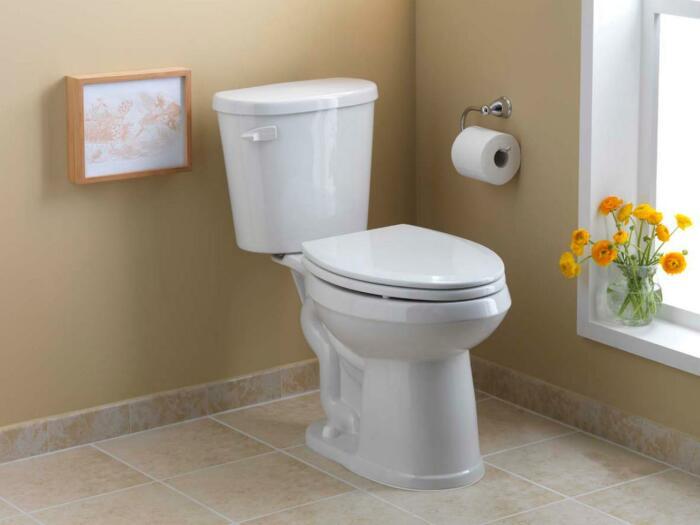 Чистый унитаз и приятный запах в уборной будут радовать долгое время / Фото: moderndesignnew.blogspot.com