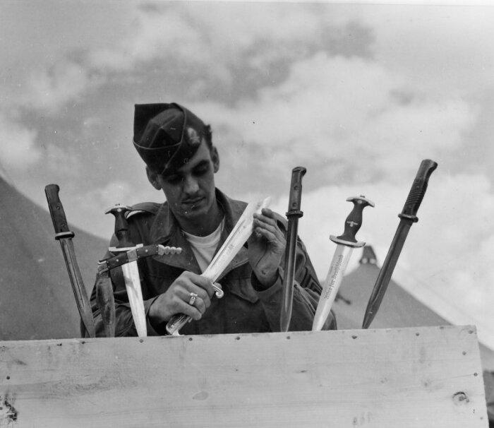 В Первую Мировую войну солдаты проявили инициативу запрета относительно штык-ножей, имеющих на обухе пилу / Фото: yandex.ru