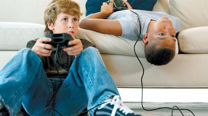 По закону в Америке отпускать на улицу ребенка одного запрещается, поэтому большинство детей проводит свободное время в бейзменте / Фото: nir-osra.org