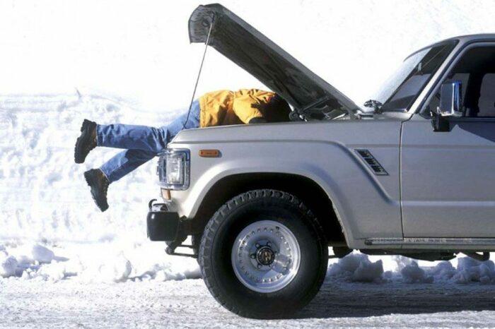 Не допускайте глупые ошибки при запуске холодного двигателя, и ваше авто прослужит долго / Фото: postila.ru