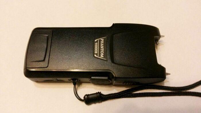 К продаже и применению в России разрешены электрошокеры, изготовленные по ГОСТу Р 50940-96 / Фото: guns.allzip.org