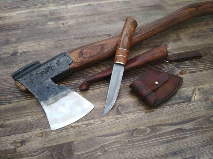 Топор и нож лучше не использовать в целях самообороны, хотя формально перевозить их в авто не запрещено / Фото: forum.guns.ru