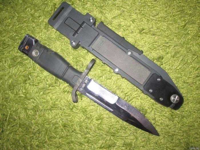 Что касается последней модели, то 6х9-1 больше является не штыком, а именно ножом / Фото: fishki.net