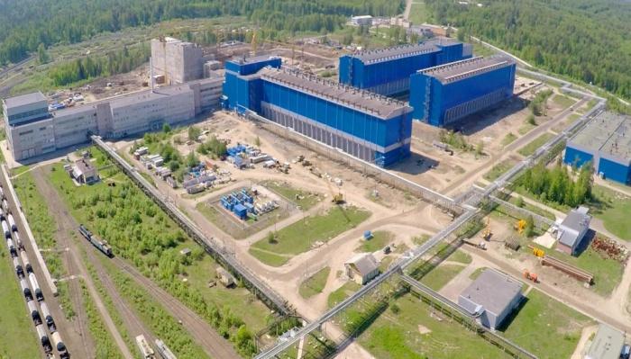 Горно-химический комбинат перепрофилировали, и теперь он осуществляет хранение топлива после отработки в атомных реакторах и его переработку / Фото: atomic-energy.ru
