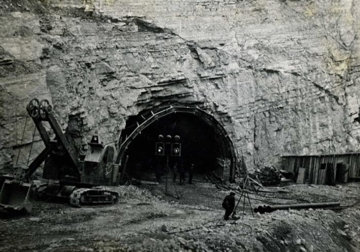 Строительством непростого подземного объекта занимались более 30 тысяч человек / Фото: Twitter