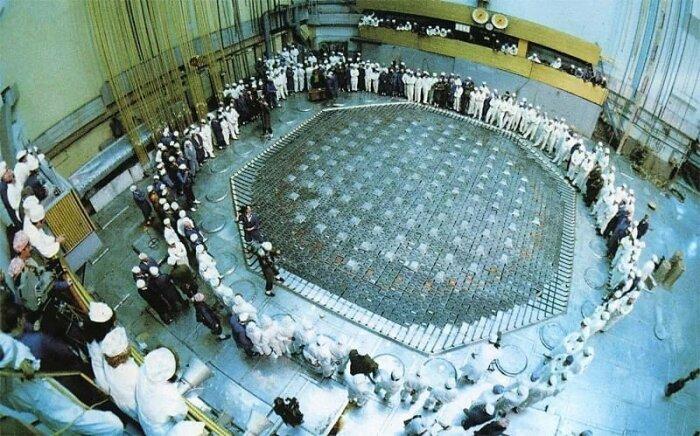 Зал с реакторами был надежно защищен от ядерной атаки двухсотметровыми стенами / Фото: fishki.net
